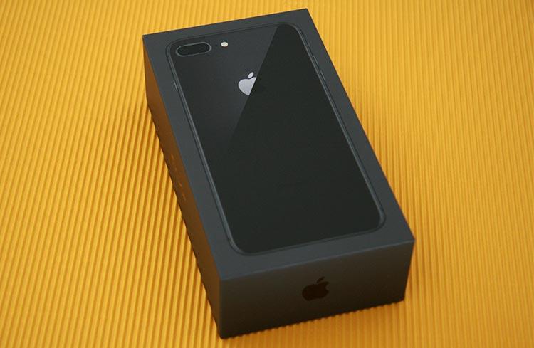 Ausgepackt Und Abgelichtet Das IPhone 8 Plus In Space Grau