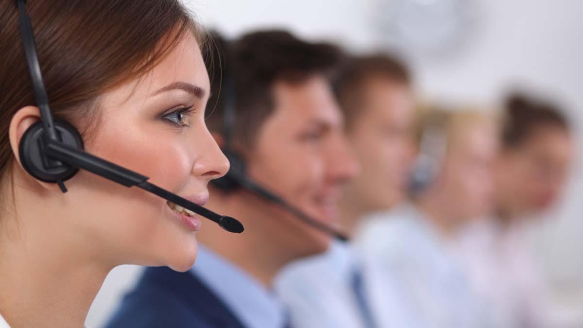 Call-Center Mitarbeiter Hotline