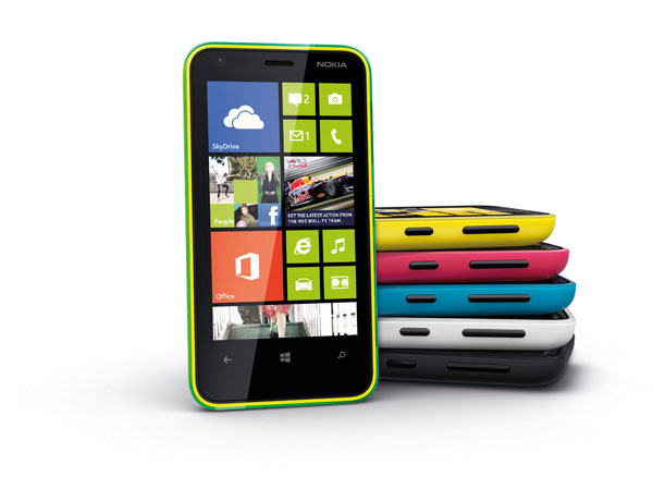 Nokia Lumia 620 verschiedene Farben