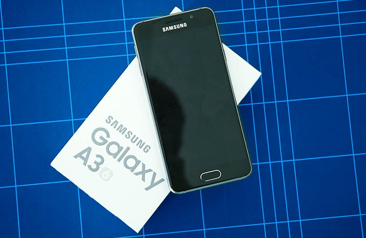 Samsung Galaxy A3 Verpackung