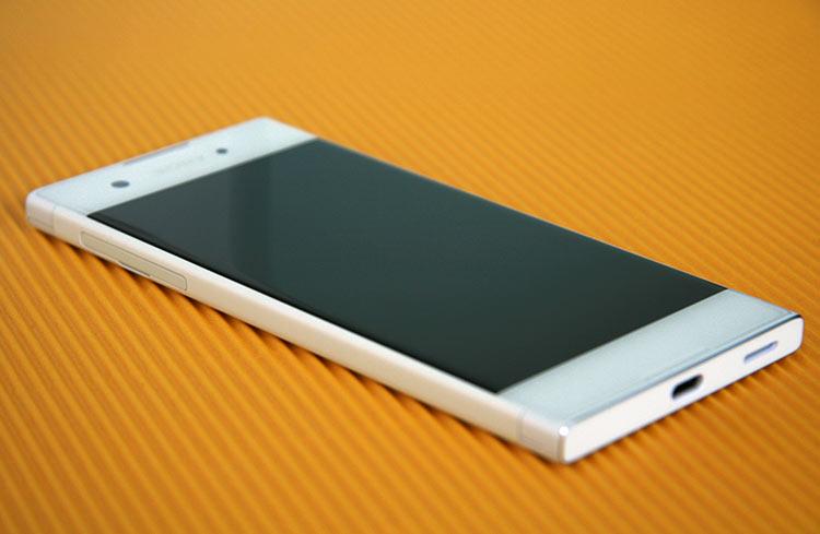 Sony Xperia XA1 SD-Karten-Slot