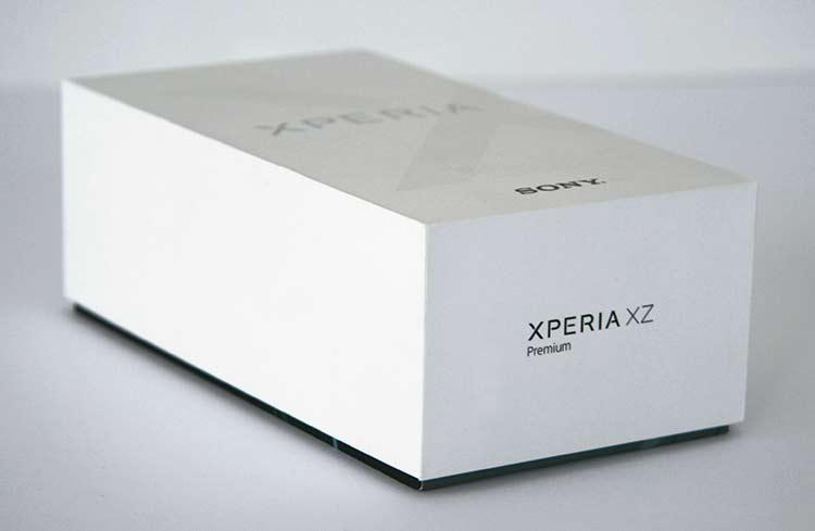Sony Xperia XZ Premium Verpackung