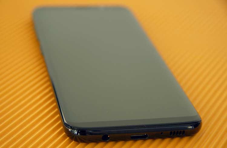 Samsung Galaxy S8 Unterseite